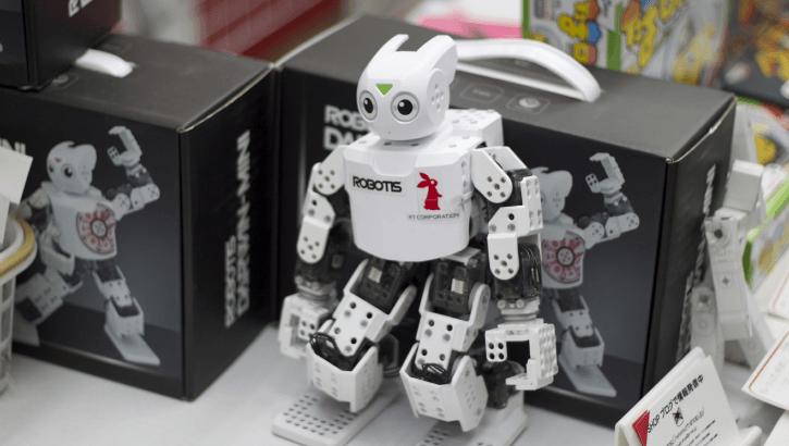 ロボットアイル