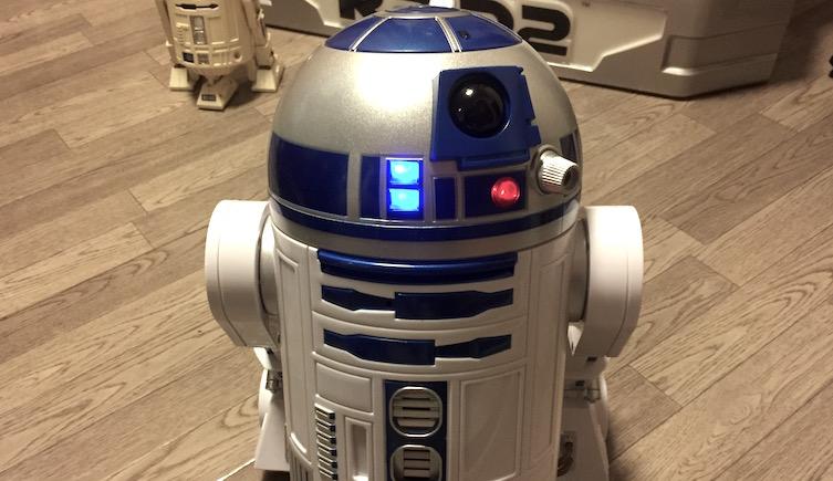 smart_robot_R2-D2_005