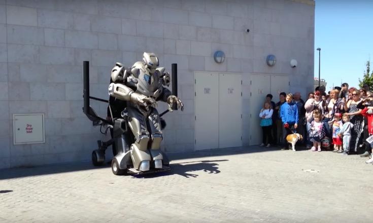 titantherobot-01