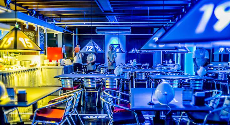 【ハウステンボス】ロボットの王国「変なレストラン」レポート