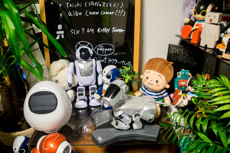 best-communication-robot-01