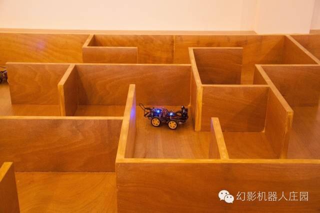 4_shanghai_amazing_robot_gallery_03