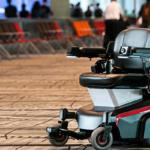 協働運搬ロボットのDoogがシンガポールに進出した理由とメリット 公共空間での活用と海外進出の拠点