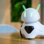 ポーランド生まれのカワイイ本格派プログラミングロボット「フォトン」 クラウドファンディング5日目で目標金額を達成