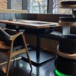 「博多もつ鍋 おおやま 都ホテル 博多」配膳と下膳に運搬ロボット「Servi」を活用 実証実験を岩田産業の協力のもと実施