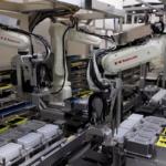 近畿大学と川崎重工がロボットで自動PCR検査 関西国際空港で最短3時間で陰性証明を発行