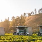 ヤマハ発動機とクボタ、イチゴ収穫ロボットを開発する米スタートアップに追加出資